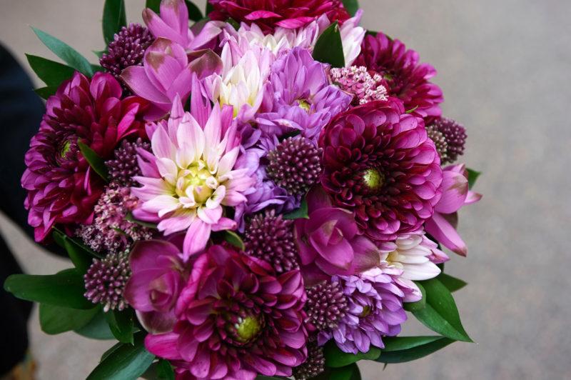 Лучшие цветы для создания букетов, их название и описание